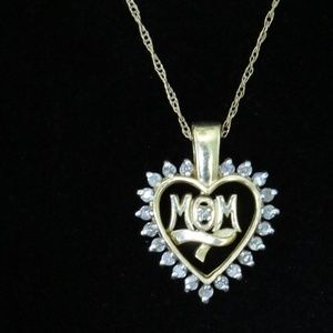 14 kt Gold Mom Heart Necklace.